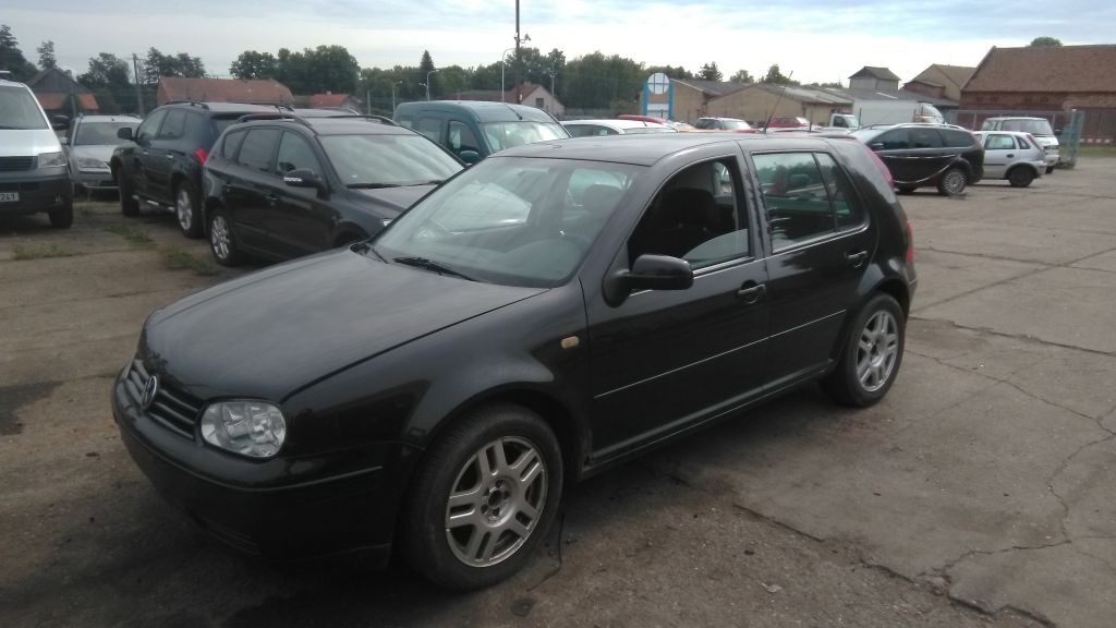 Volkswagen Golf 1.6, 1999